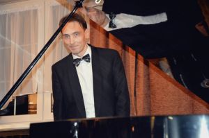 1339th  Liszt Evening - Parlour of Four Muses in Oborniki Slaskie, 13rd Sep 2019<br> The performers were Alexey Komarov - piano and Juliusz Adamowski - commentary. Photo by Waldemar Marzec.